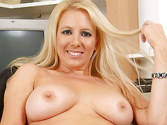 Milf Vids: Anilos cutie Kara Nox gets off looking at a magazine filled with pictures of fellow milfs