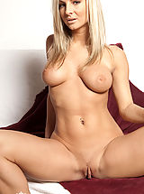 Big.Tits Nippels, Hot Girls by MC Nudes