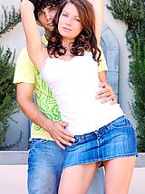 FTV Girls Nippels, Gabby plays with her date