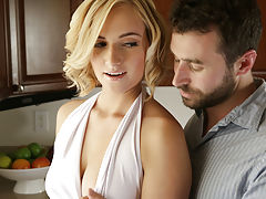 Milf Vids: Kate England may be doing the dishes, but her mind is on something a whole lot hotter. When James Deen joins her at the sink and starts dropping kisses on the back of her neck