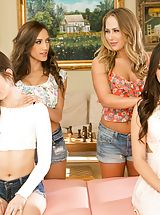 Chloe Amour, Carter Cruise, Riley Reid, Jenna Sativa