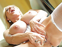 Milf Vids: Kelly Madison