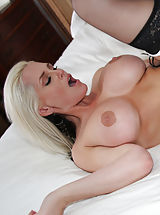 Alena Croft 2