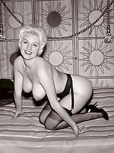Breasts Legs Nylons and High Heels Are the Main Keywords of This Vintage Porn Photoset Featuring Wives of The 1960s