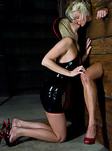 Naked Kink, A CLASSIC FAVORITE: Vendetta in the Wall!!!  Maitresse Madeline's 1st shoot EVER for !