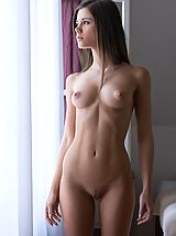 naked woman, Caprice