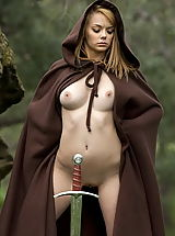 WoW nude leia alone in the forest