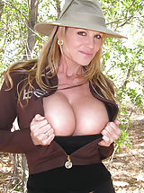 naked boobs, Kelly gets natural on a hike and takes her clothes off.