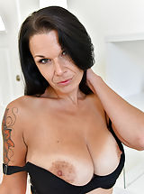 Areola Size, Hey guys I'm Veronica and I'm really, really hoping that you all love my shoot! I'm pretty damn new at this, but I think I'm getting more comfortable for sure. I was so excited to shoot for FTV because I love the style, its so pretty! When Eric said we we