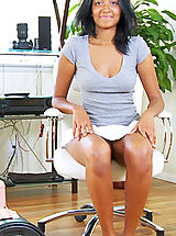 Nubiles Nippels, Cute black teen prepares to ride the sybian for the first time