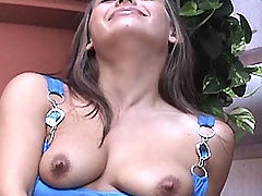Nipples Videos, Renna plays in a public place