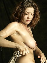 naked girls, WoW nude keemly medieval body washing