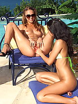 Naked Lesbians, st john 06 shaved pussies