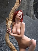Babes Nippels, Femjoy - Ariel in Sculpture On Mars