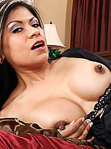 Small Areola, Gabby Quinteros gets what she wants from her employee