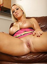 naked chicks, Senior wife Tara Star unleashes her large firm breasts.